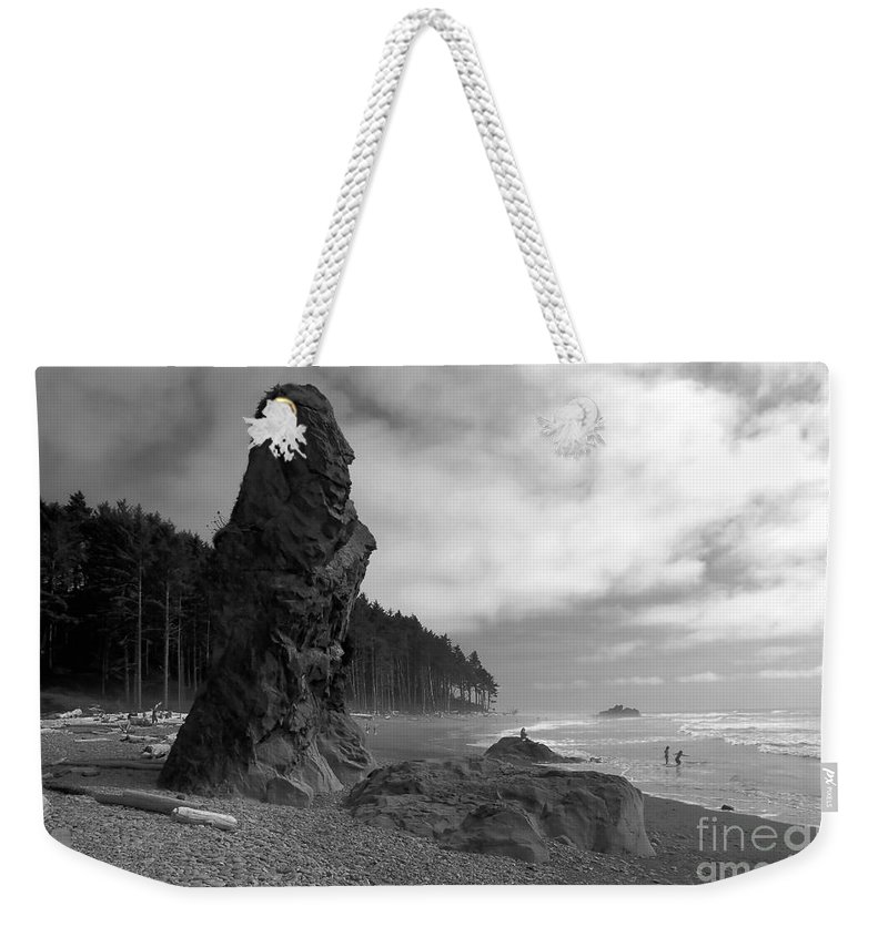 Sea Stack Weekender Tote Bag featuring the photograph Sea Stack by David Lee Thompson