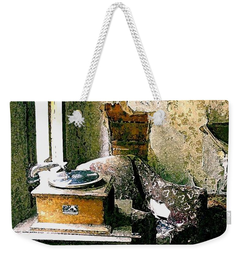 Garnet Weekender Tote Bag featuring the photograph Seen Better Days by Nelson Strong