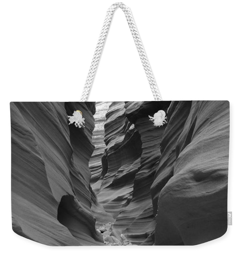 Slot Weekender Tote Bag featuring the photograph Sheepshead Canyon 7838 by Bob Neiman