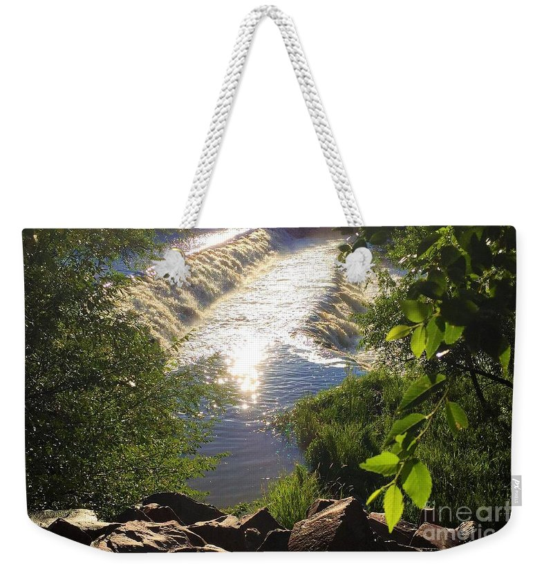 Colorado Weekender Tote Bag featuring the painting Shimmering Sun Rays On Colorado Springs by Eloise Schneider Mote