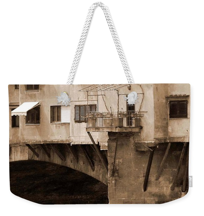 Shops Weekender Tote Bag featuring the photograph Shops On The Ponte Vecchio by Donna Corless
