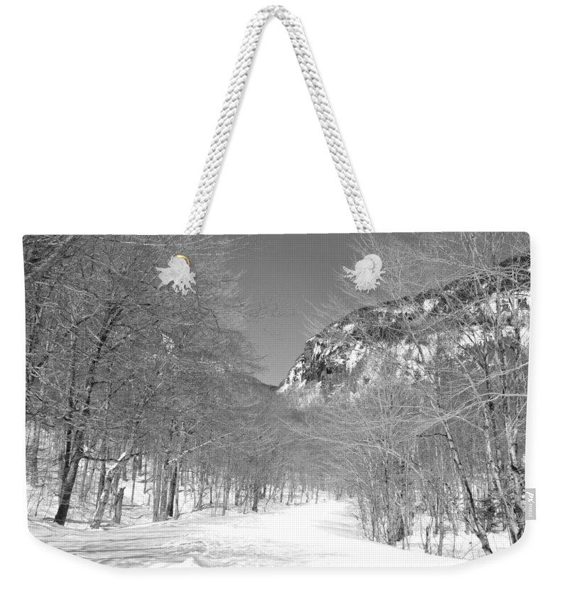 New England Weekender Tote Bag featuring the photograph Smugglers Notch by Susan Russo