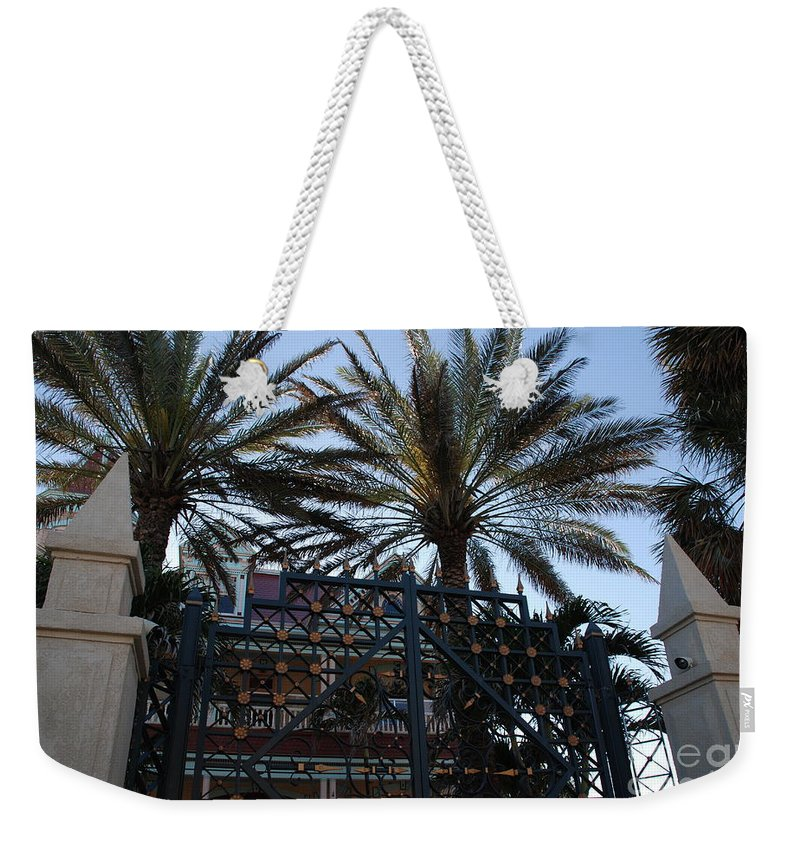 Florida Weekender Tote Bag featuring the photograph Southernmost Hotel Entrance In Key West by Susanne Van Hulst