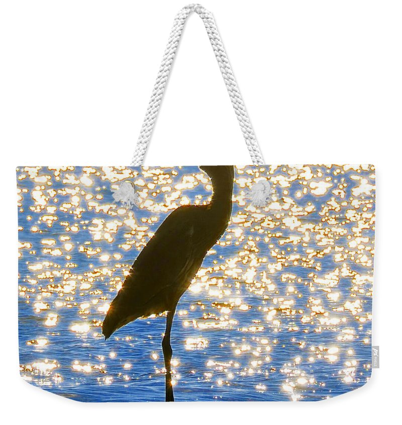 Egret Weekender Tote Bag featuring the photograph Sparkling Egret by David Lee Thompson