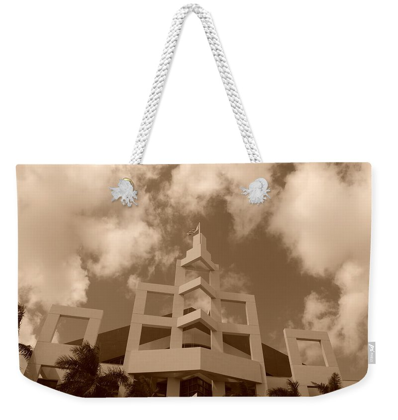Architecture Weekender Tote Bag featuring the photograph Squares In The Sky by Rob Hans