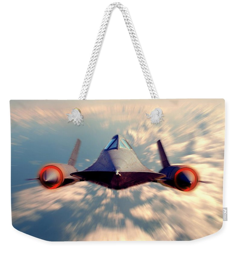 Sr-71 Weekender Tote Bag featuring the photograph Sr 71 by Jerry McElroy