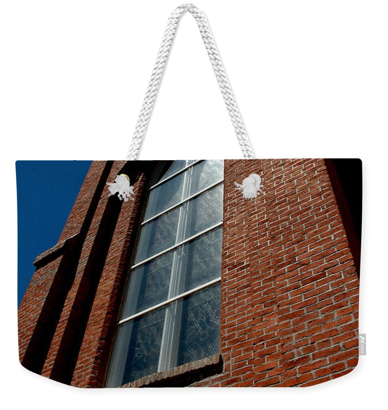Usa Weekender Tote Bag featuring the photograph St. Mary's In The Mountains Catholic Church by LeeAnn McLaneGoetz McLaneGoetzStudioLLCcom