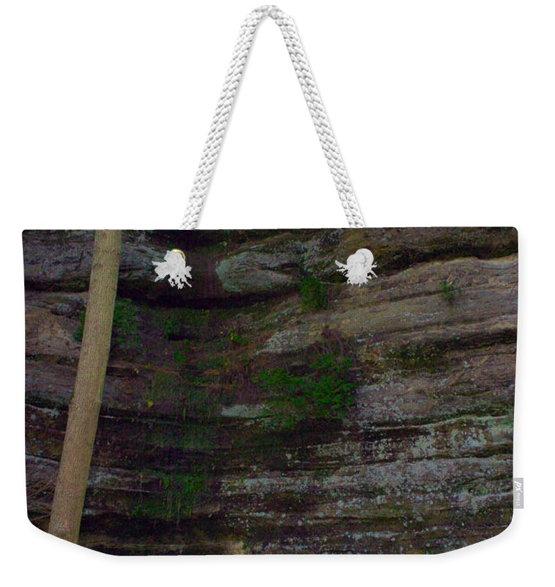 Kooldnala Weekender Tote Bag featuring the photograph Starved Rock No 1 by Alan Look
