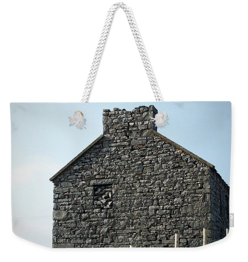Irish Weekender Tote Bag featuring the photograph Stone Building Maam Ireland by Teresa Mucha