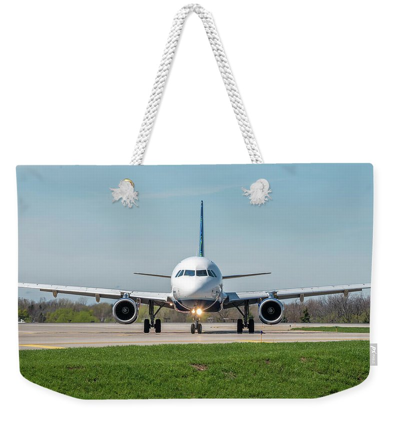 A320 Weekender Tote Bag featuring the photograph Straight On by Guy Whiteley