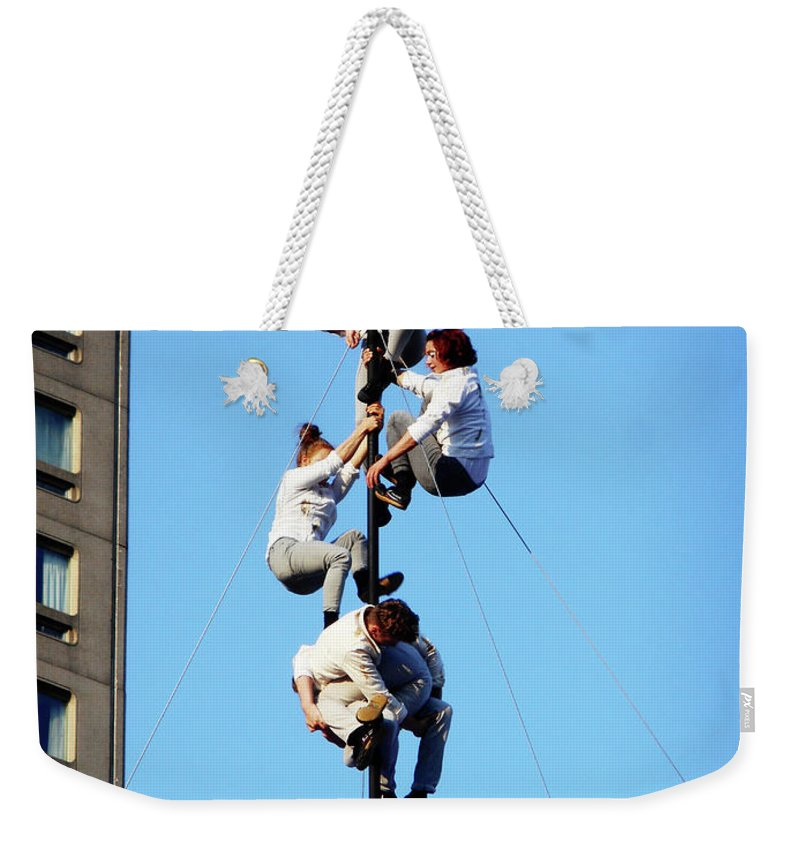 Montreal Weekender Tote Bag featuring the photograph Street Performers 15 by Ron Kandt