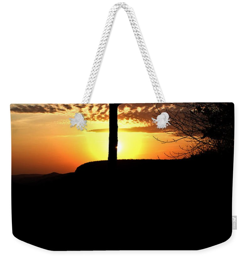 Sunburst Weekender Tote Bag featuring the photograph Sunburst Sunset by Douglas Barnett
