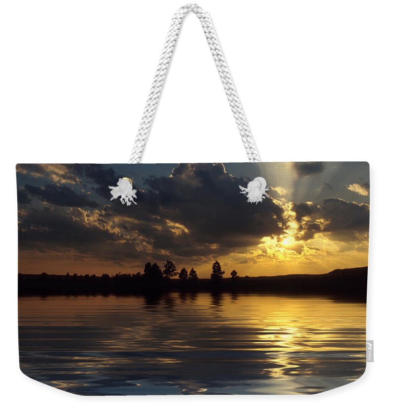 Sunset Weekender Tote Bag featuring the photograph Sunray Sunset by Jerry McElroy