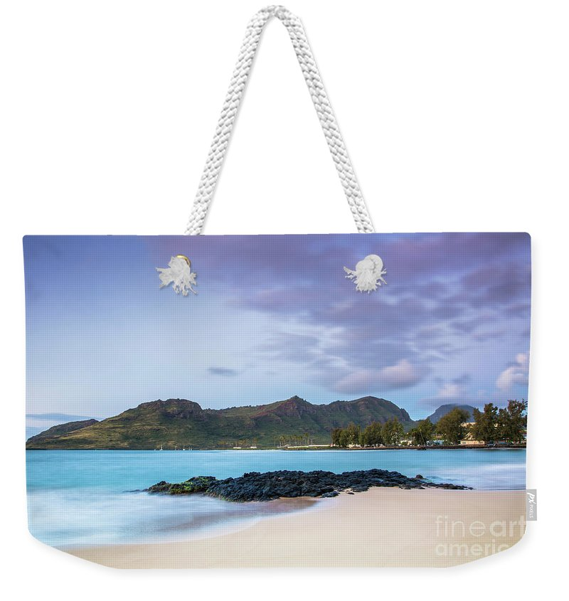 Sunrise Weekender Tote Bag featuring the photograph Sunrise At Kalapaki Beach by Daryl L Hunter