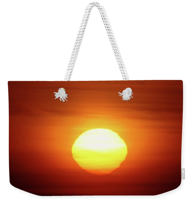 Sunrsie Weekender Tote Bag featuring the photograph Sunrise In Othello by Jeff Swan