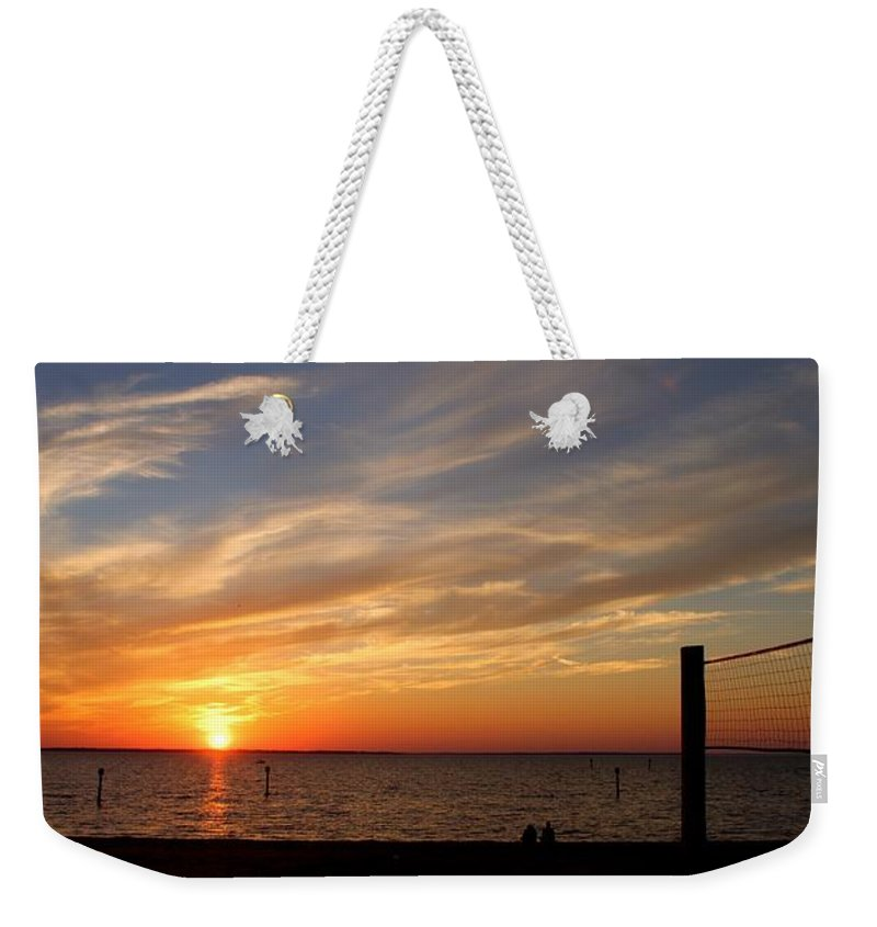 Weekender Tote Bag featuring the photograph Sunset Huntingon Park by Randy Castaneda