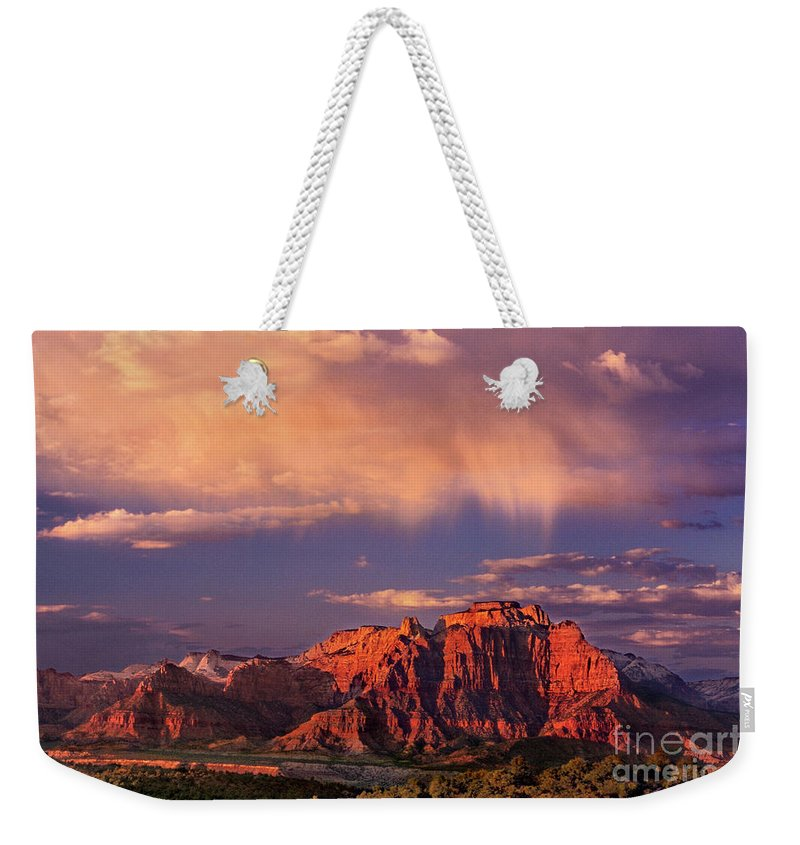 North America Weekender Tote Bag featuring the photograph Sunset On West Temple Zion National Park by Dave Welling
