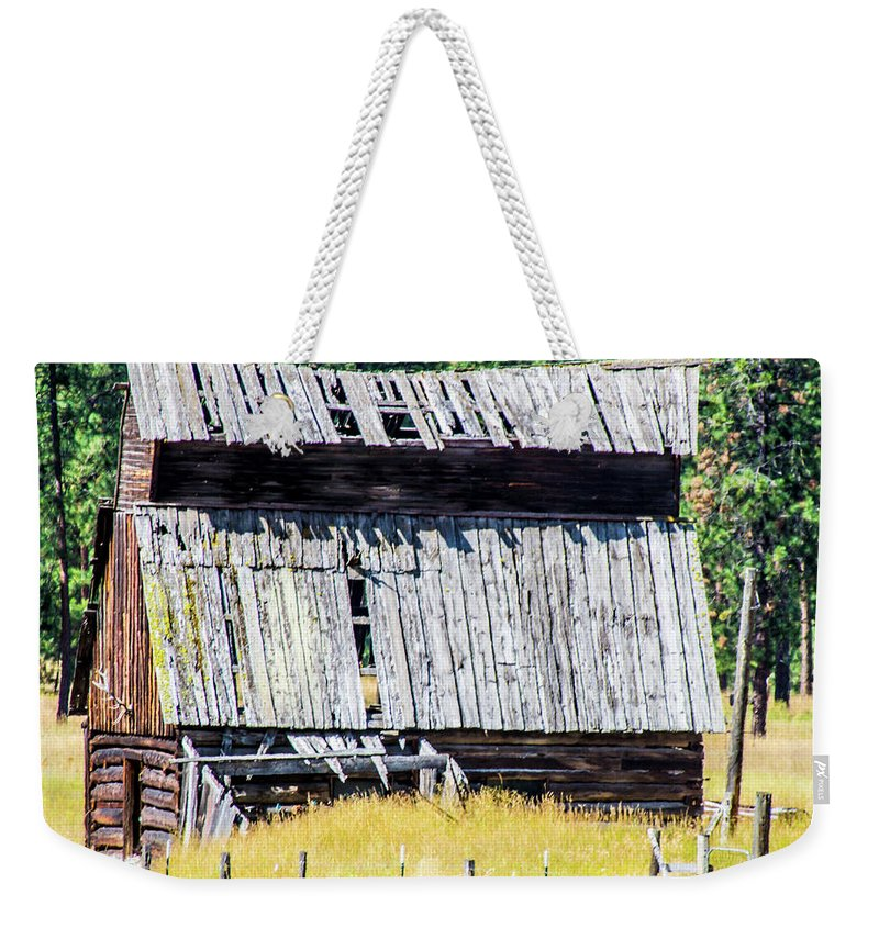 Barns Weekender Tote Bag featuring the photograph Superior, Montana 4 by Mike Wheeler