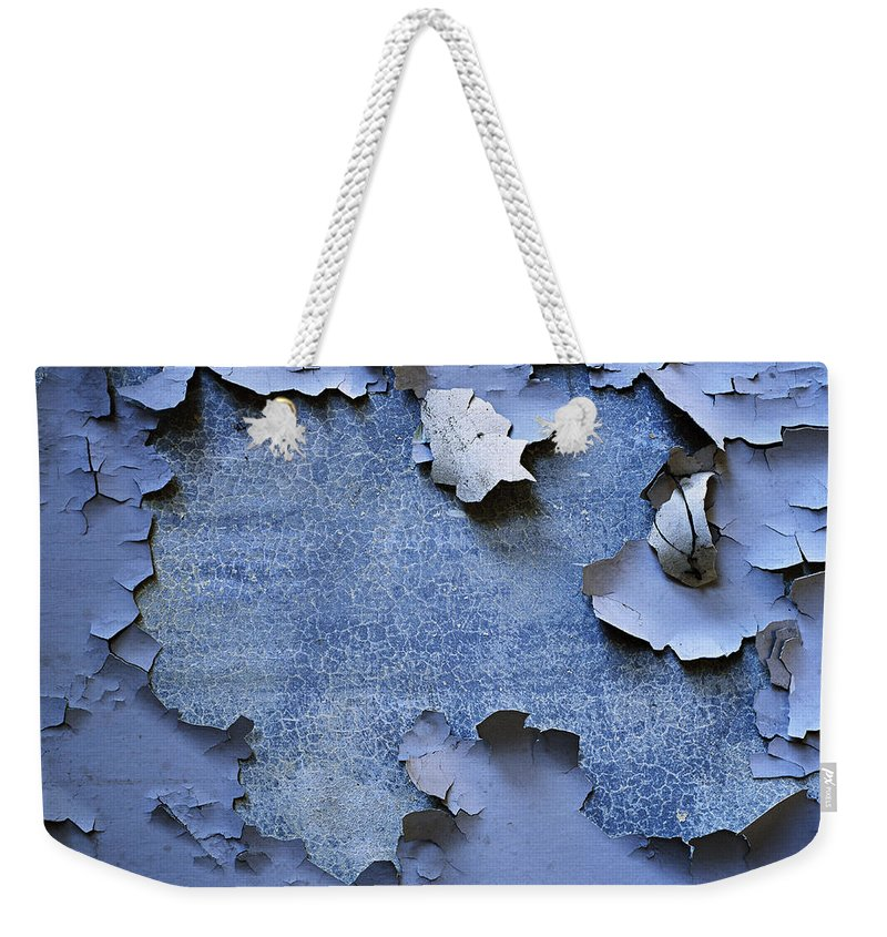 Wall Weekender Tote Bag featuring the photograph Synthesis-2 by Casper Cammeraat