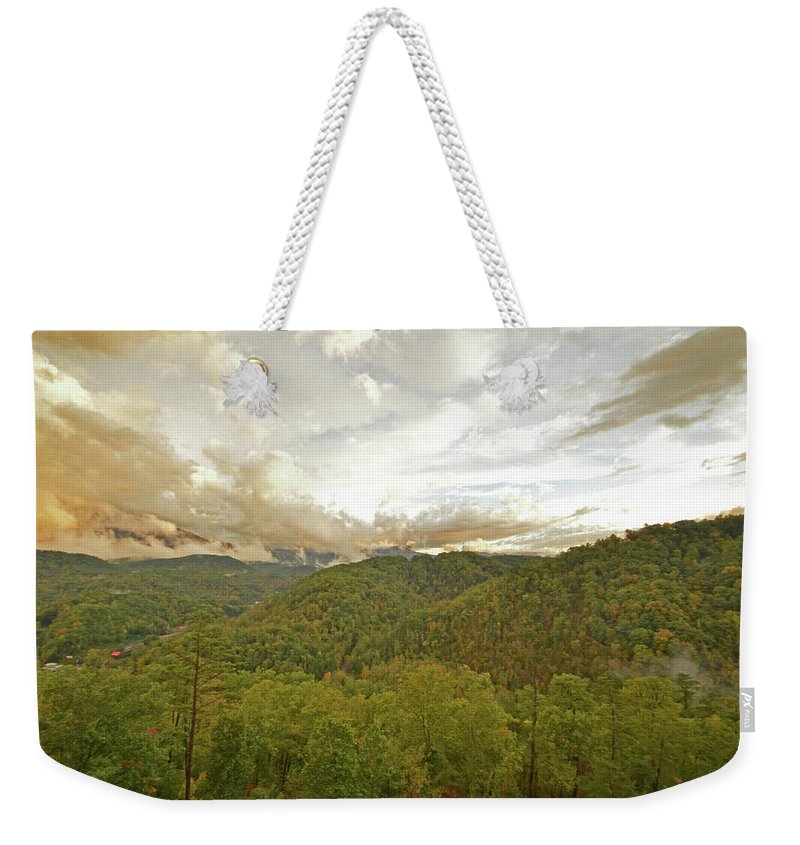 Sunset Weekender Tote Bag featuring the photograph Tennessee Sunset by Jonathan Hill