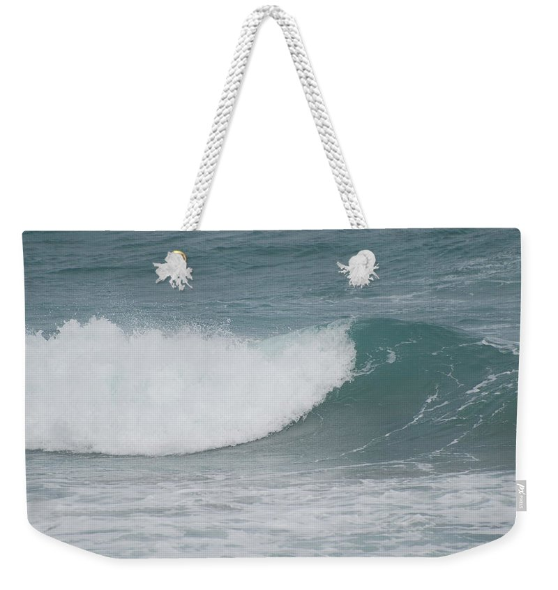 Water Weekender Tote Bag featuring the photograph The Break by Rob Hans