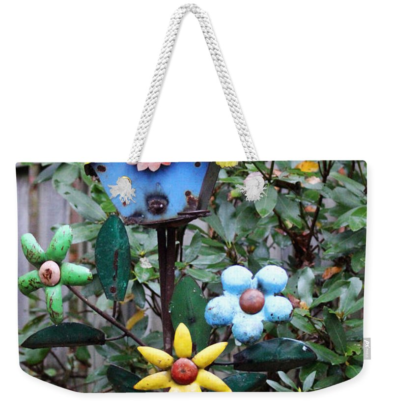 Yardart Weekender Tote Bag featuring the photograph The Buttlerfly Landed by Jennifer Robin