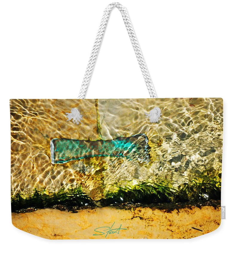 Bow Tie Weekender Tote Bag featuring the photograph The Emerald Bow Tie by Charles Stuart