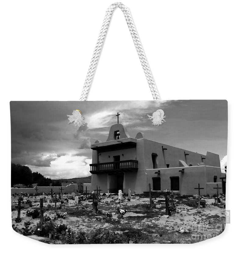 San Ildefonso Pueblo Weekender Tote Bag featuring the painting The Faithful Of San Ildefonso by David Lee Thompson