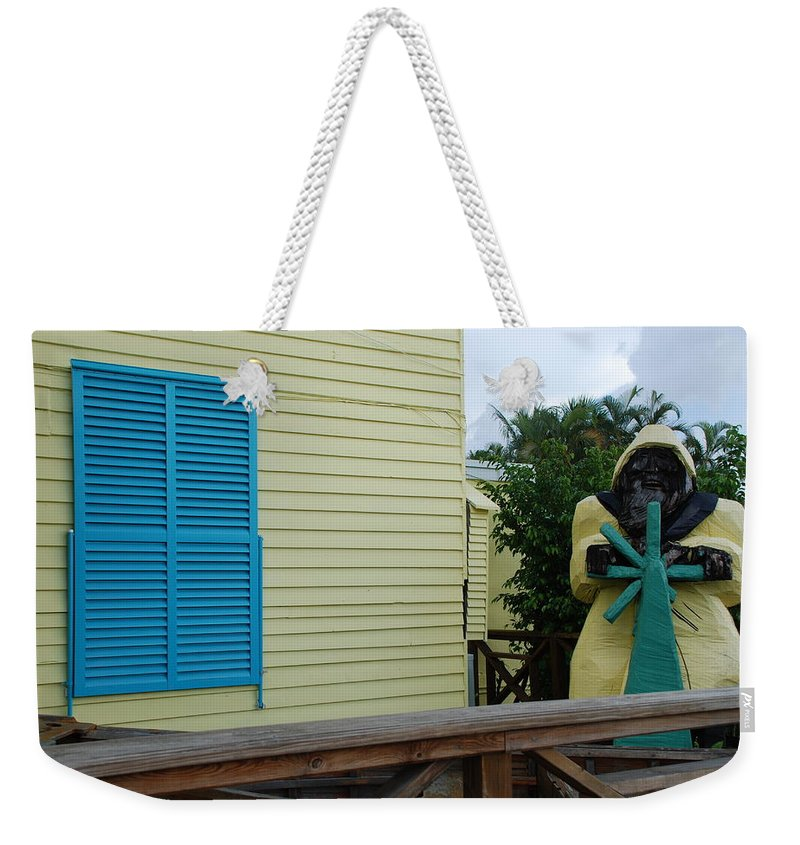 Architecture Weekender Tote Bag featuring the photograph The Gordons Fisherman by Rob Hans