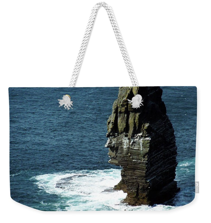 Irish Weekender Tote Bag featuring the photograph The Great Sea Stack Brananmore Cliffs Of Moher Ireland by Teresa Mucha
