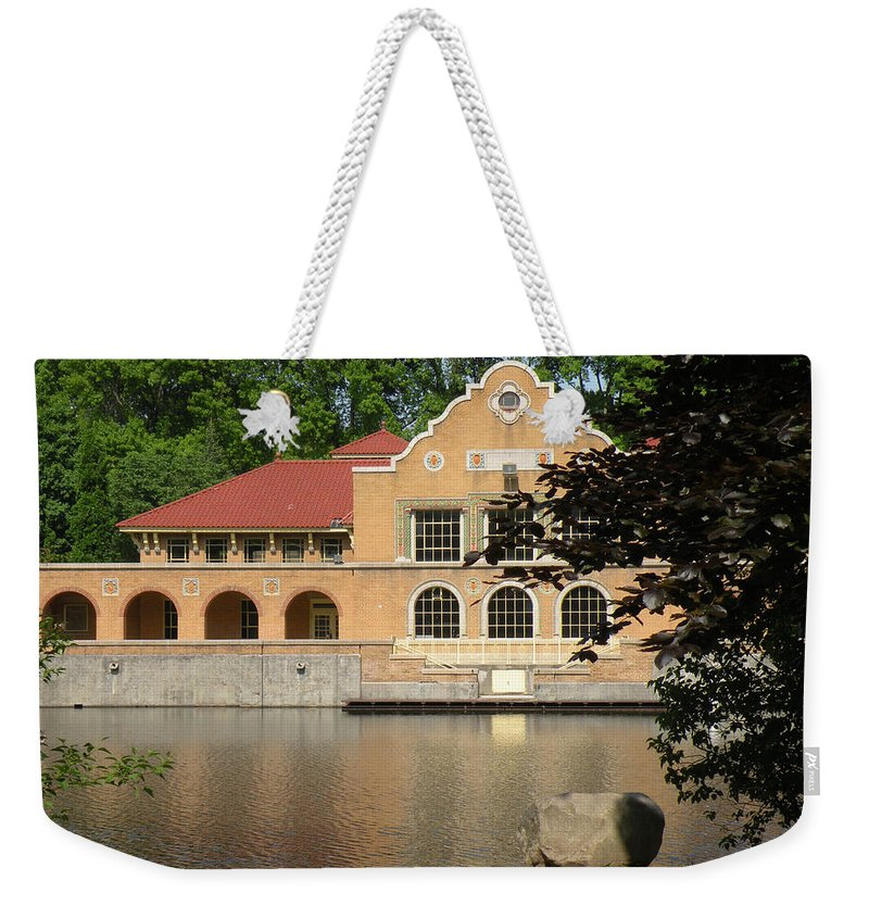 Building Weekender Tote Bag featuring the photograph The Lake House by Rosalie Scanlon