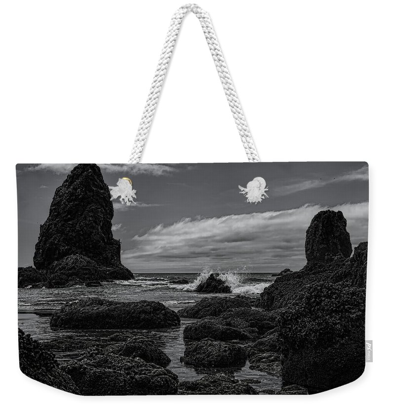 Dale Kauzlaric Weekender Tote Bag featuring the photograph The Needles Black And White by Dale Kauzlaric