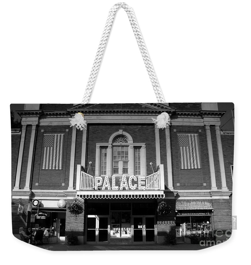 Palace Theater Weekender Tote Bag featuring the photograph The Palace by David Lee Thompson