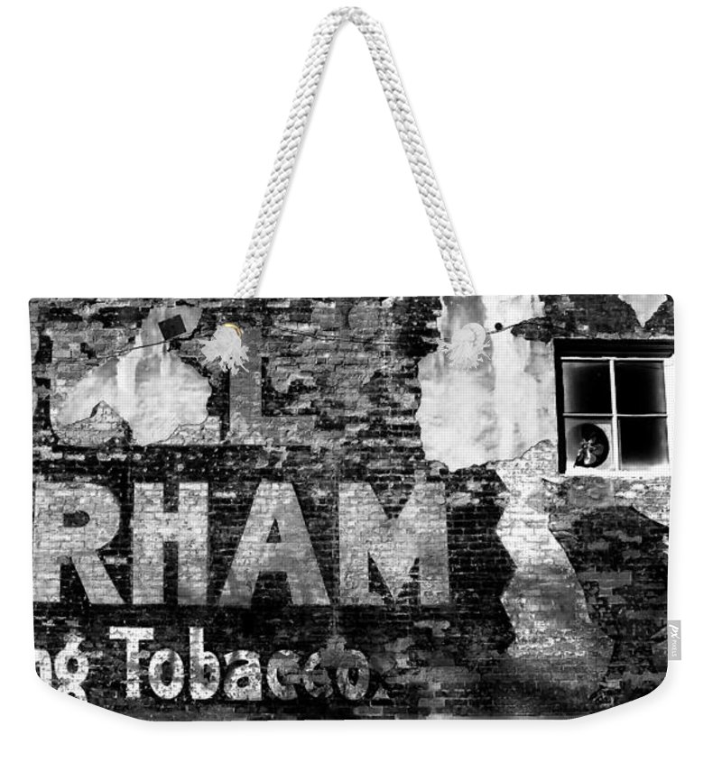 Tobacco Weekender Tote Bag featuring the photograph Tobacco Days by David Lee Thompson