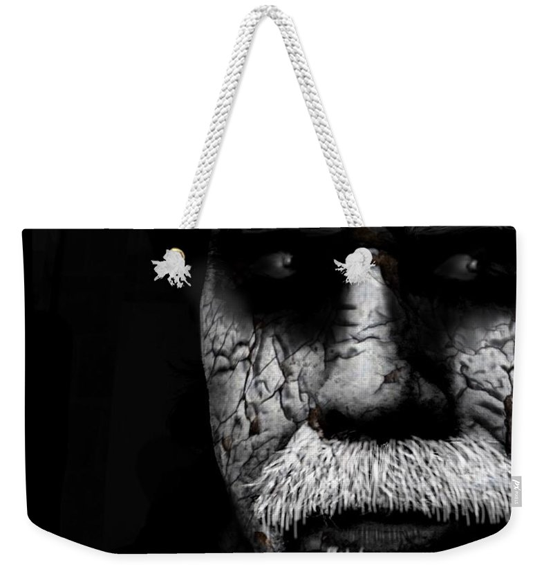 Face Weekender Tote Bag featuring the photograph Traveler by Frank Williams