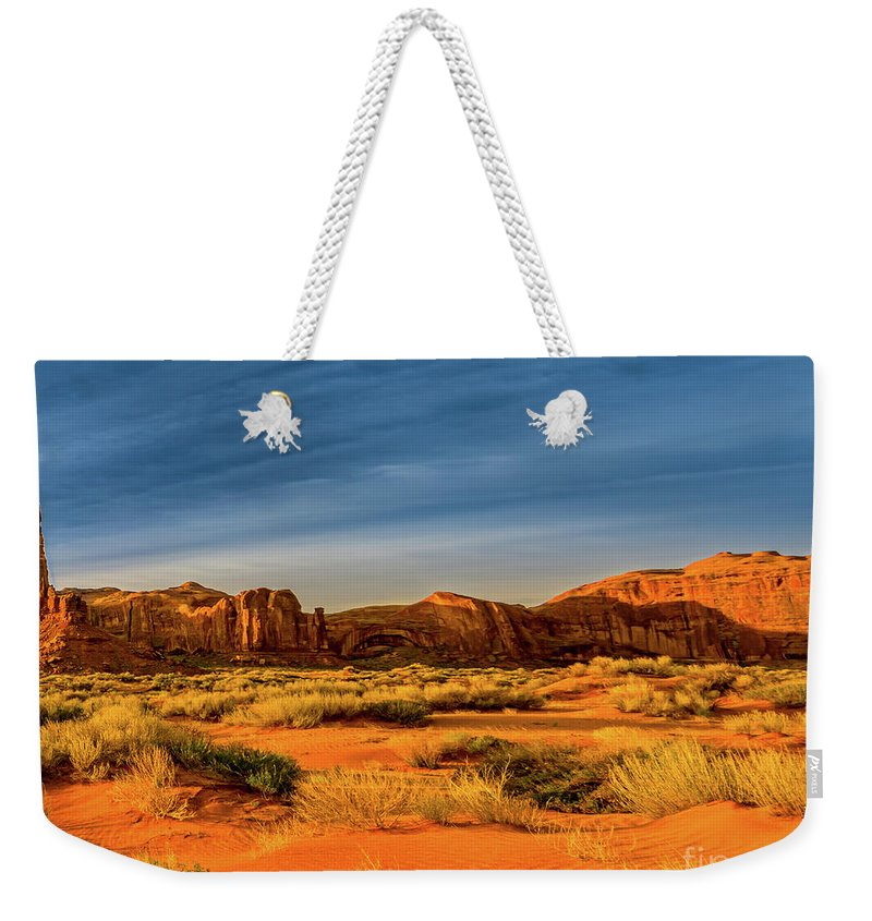 Weekender Tote Bag featuring the photograph Tri-pan-middle by Larry White