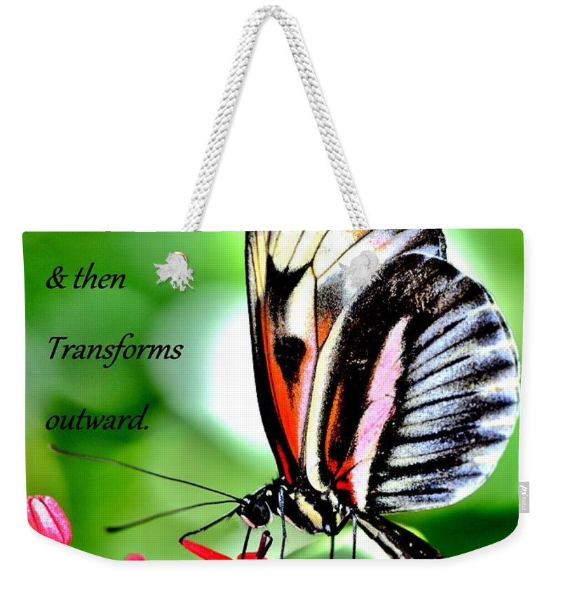 True Beauty Weekender Tote Bag featuring the photograph True Beauty by Lisa Renee Ludlum