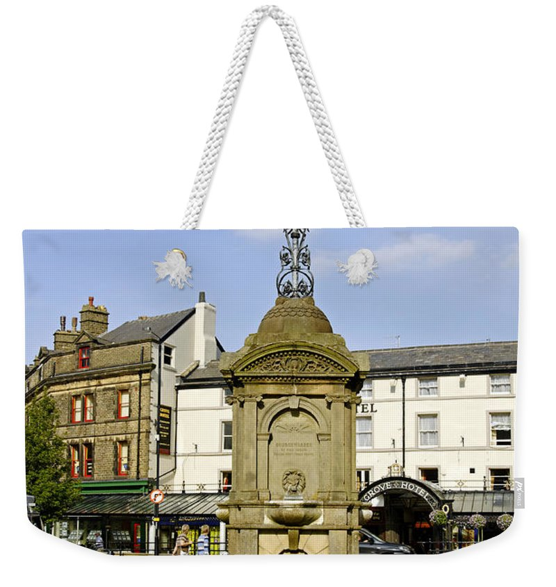 Buxton Weekender Tote Bag featuring the photograph Turner's Memorial At Buxton by Rod Johnson