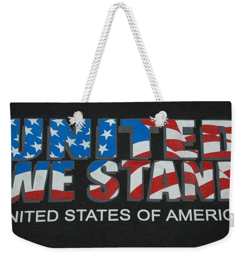Americana Weekender Tote Bag featuring the photograph United We Stand by Rob Hans