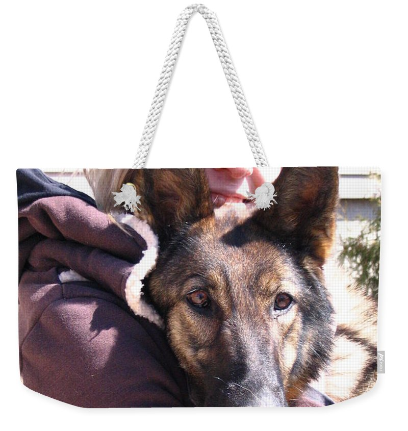 Daughter Weekender Tote Bag featuring the photograph Vero Et Foxy by Line Gagne