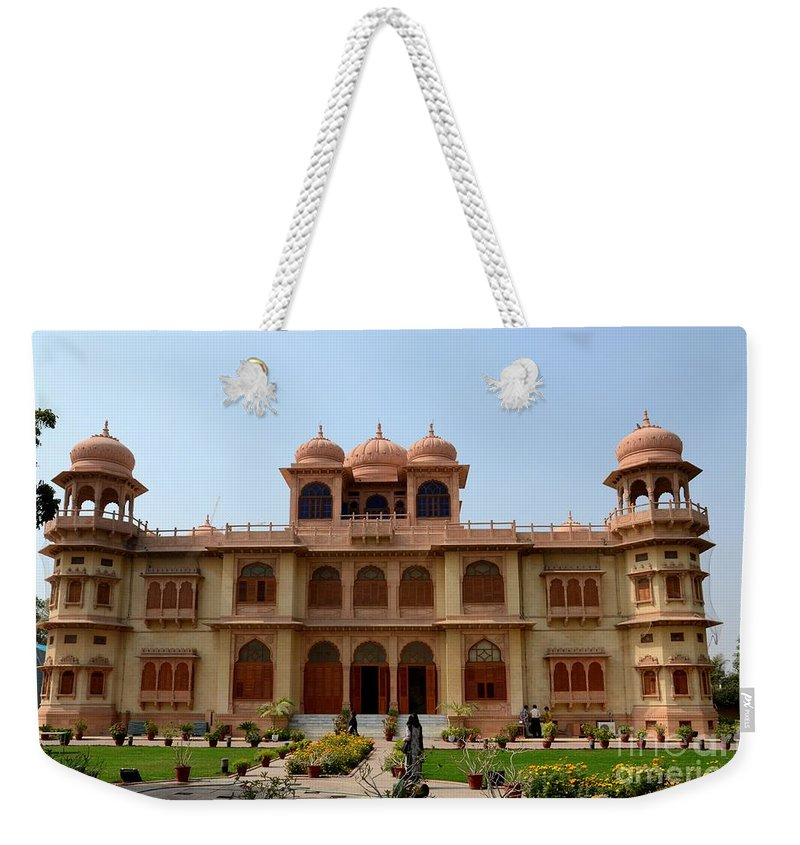 Mohatta Weekender Tote Bag featuring the photograph Visitors Wander Around Gardens Of Mohatta Palace Museum Karachi Sindh Pakistan by Imran Ahmed