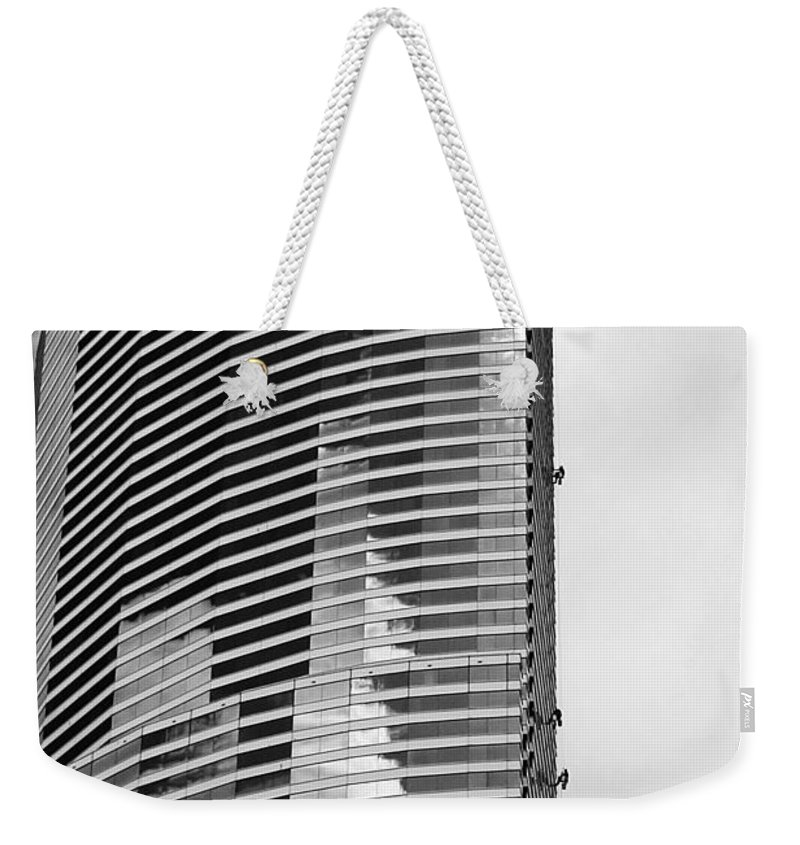 Building Weekender Tote Bag featuring the photograph Washing The Tower by Robert Wilder Jr