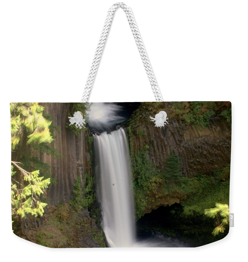 Waterfall Weekender Tote Bag featuring the photograph Washington Waterfall by Marty Koch