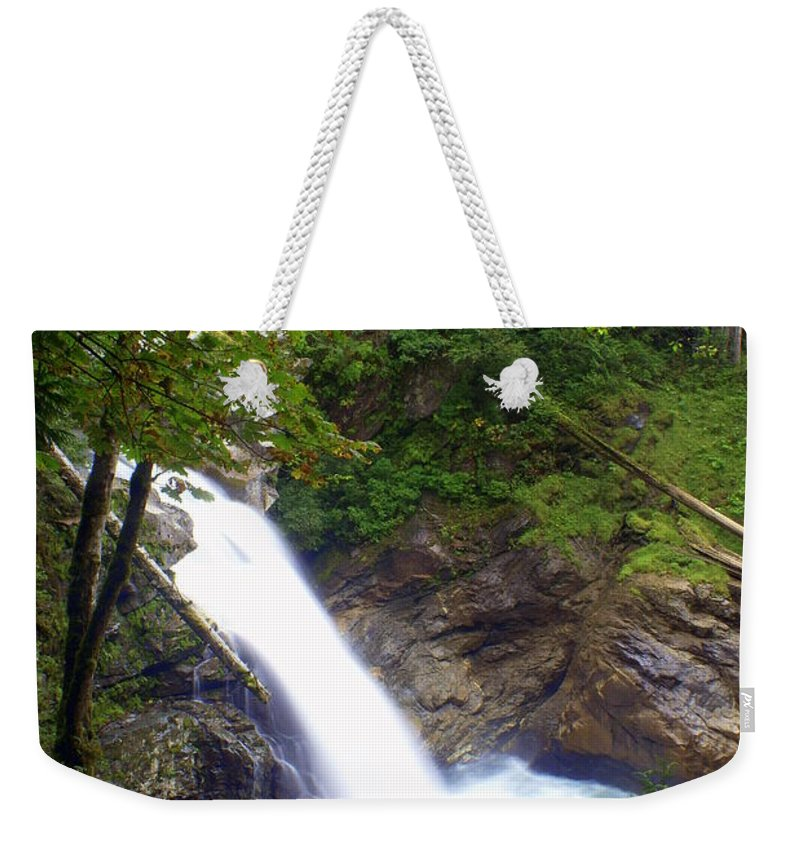 Waterfall Weekender Tote Bag featuring the photograph Washngton Falls1 by Marty Koch