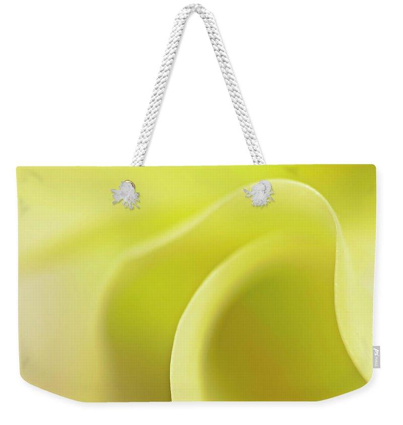 Calla Weekender Tote Bags