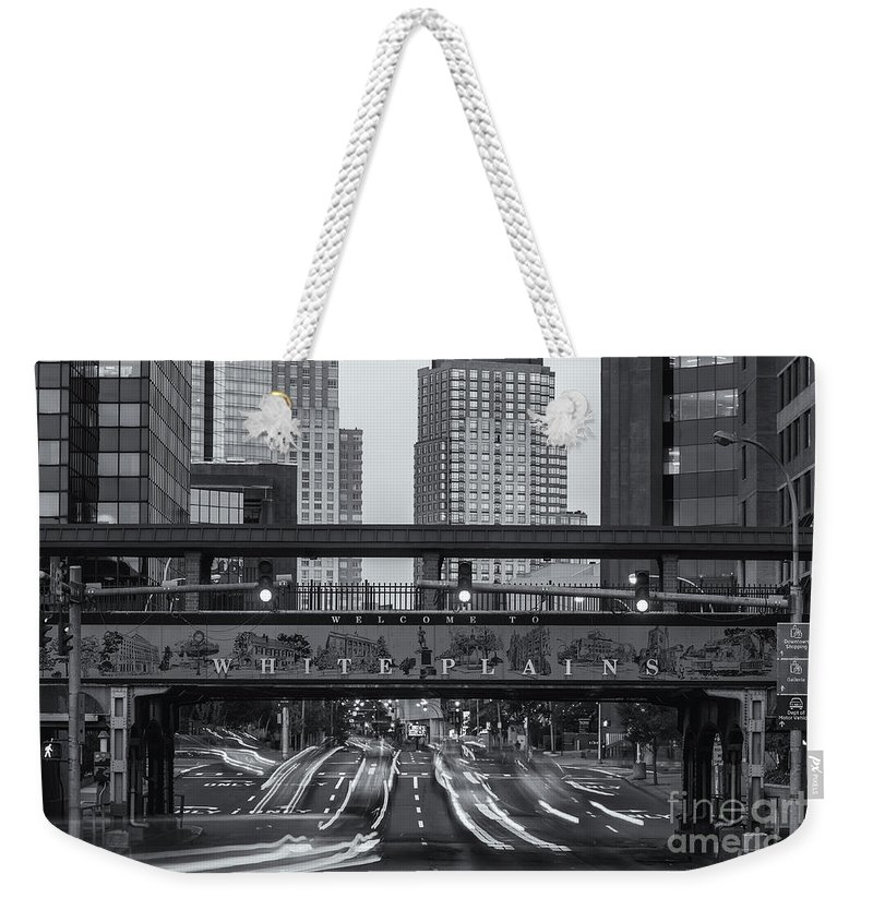 Clarence Holmes Weekender Tote Bag featuring the photograph White Plains Traffic Light Trails Iv by Clarence Holmes
