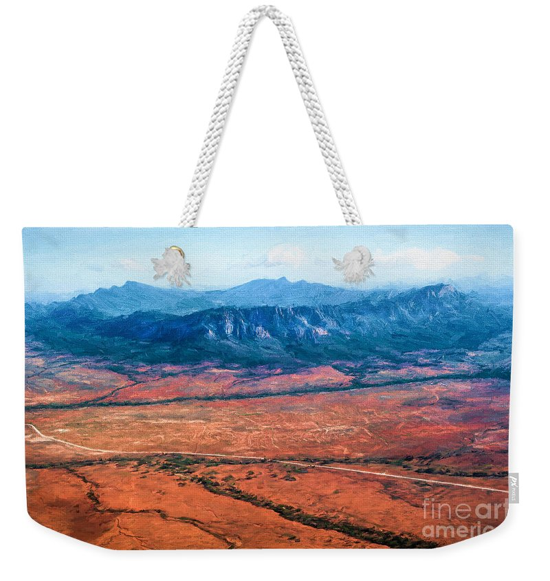 Outback Weekender Tote Bag featuring the photograph Wilpena Pound Eh by Ray Warren