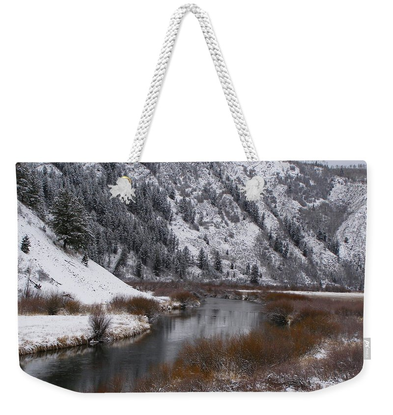 Water Weekender Tote Bag featuring the photograph Winter Along The Salt by DeeLon Merritt