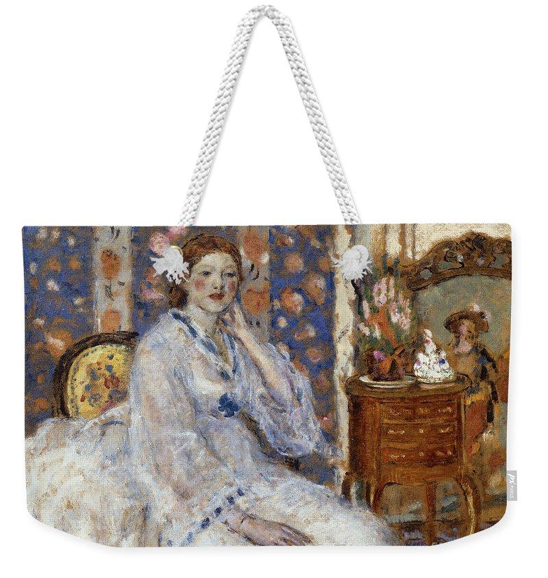 Woman Seated In An Armchair Weekender Tote Bag featuring the painting Woman Seated In An Armchair by Frederick Carl Frieseke