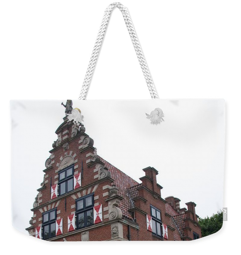 Dutch House Weekender Tote Bag featuring the photograph Zwaanendael Museum by Christiane Schulze Art And Photography